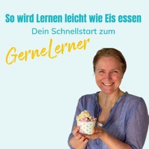 Trixi hält ein Eis in der Hand, um zu sagen, dass Lernen leicht wie Eis essen ist.